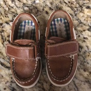 Carter's size 6 baby/toddler shoes